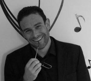 Cyril Beltran chanteur et animateur de soirées